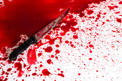 5693029-522152-halloween-concept-bloody-knife-with-blood-splatter
